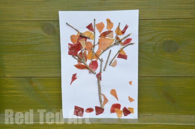 manualidades-otonales-arbol-con-hojas-y-palos